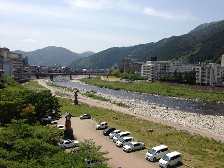 普段の飛騨川